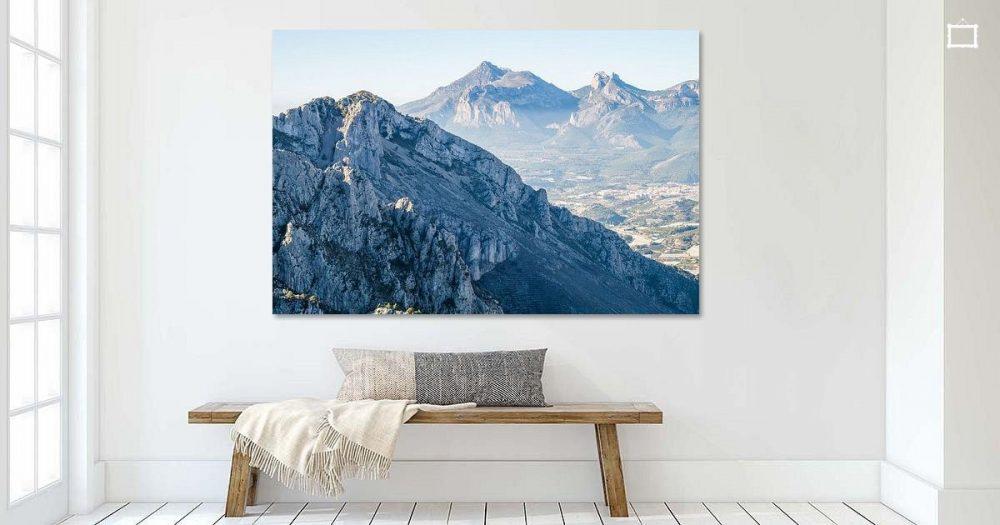 Blaue Berglandschaft mit Puig Campana