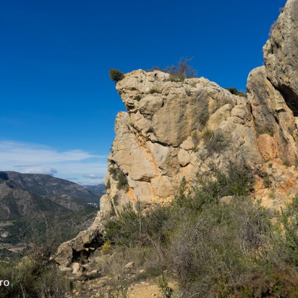 Alt de l´Ample, rocas antes de llegar a la cima