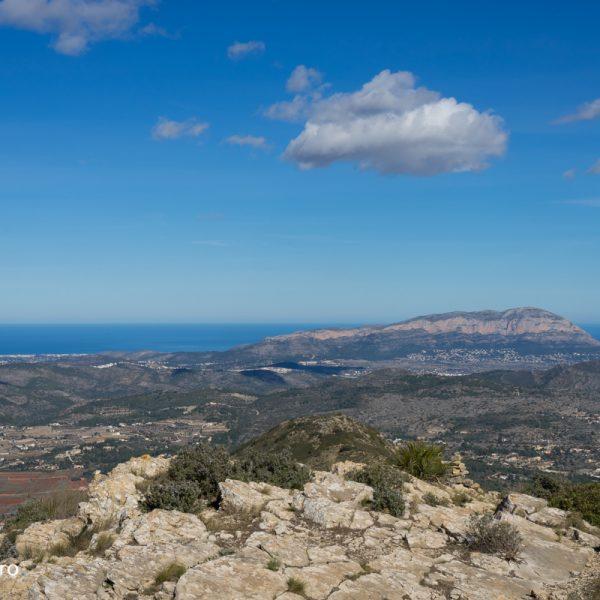 Lloma Llarga con vistas del Montgó