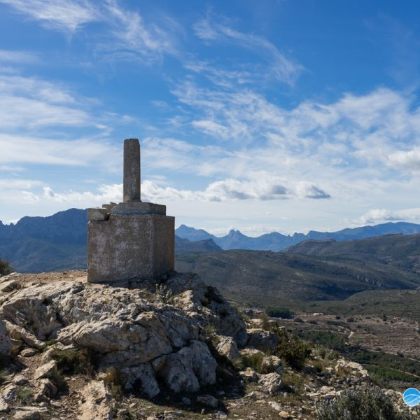 Vértice Geodésico Cau, Bernia, Puig Campana, Aitana