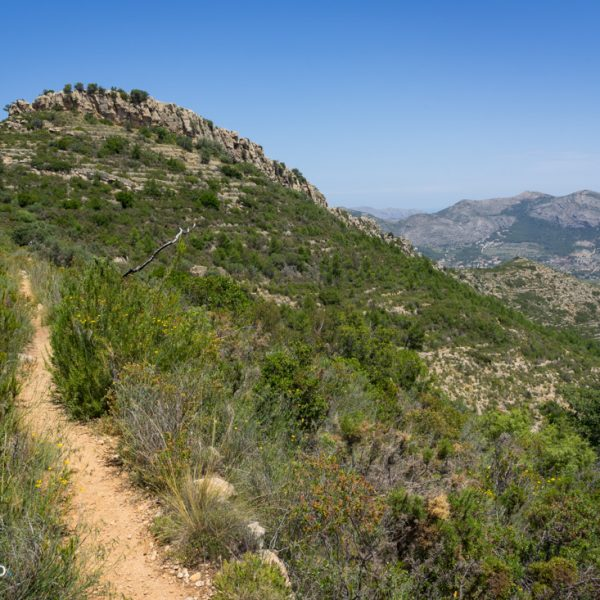 Alt de l´Ample, Sierra del Castell de la Solana al fondo