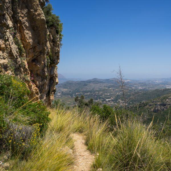 Alt de l´Ample, vista a Puig de la Llorença