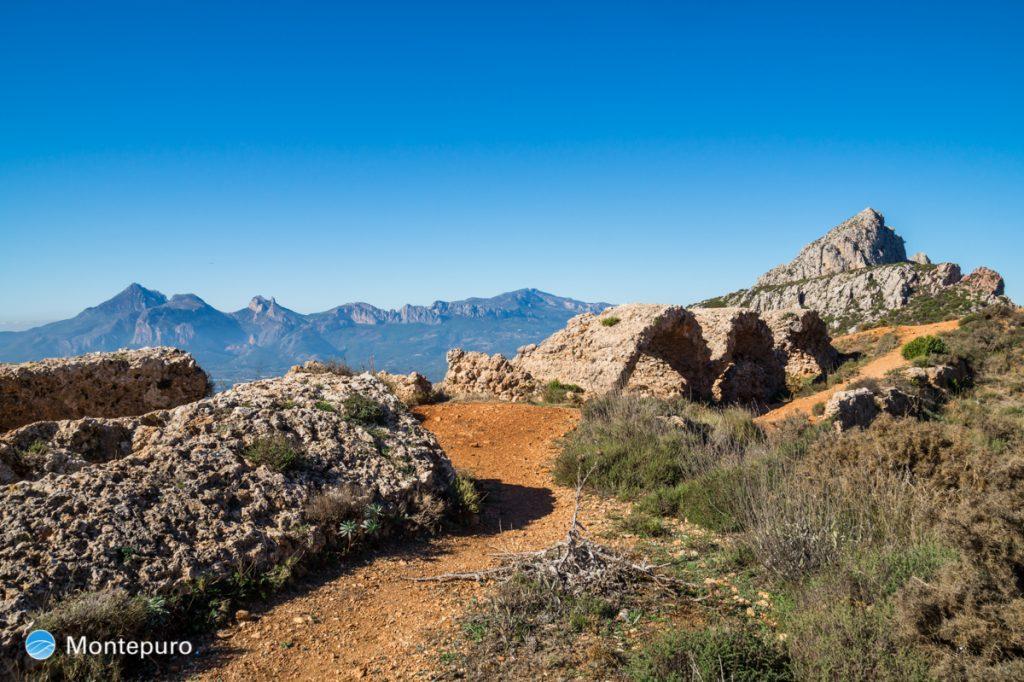 Sierra de Bernia, Fort de Bernia, Puig Campana
