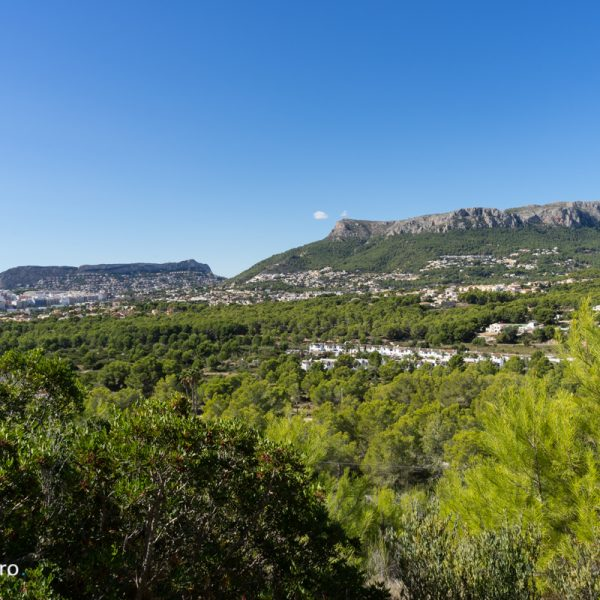 vistas al Morro de Toix y Sierra de Oltà