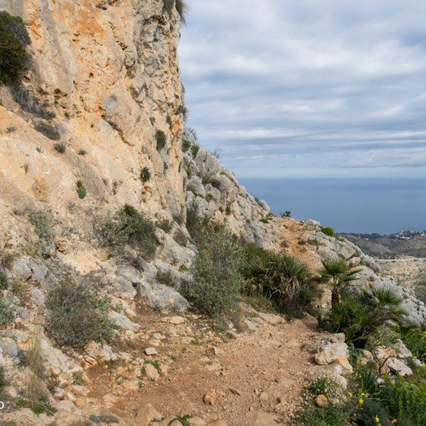 Aufstieg auf das Felsmassiv Montgó
