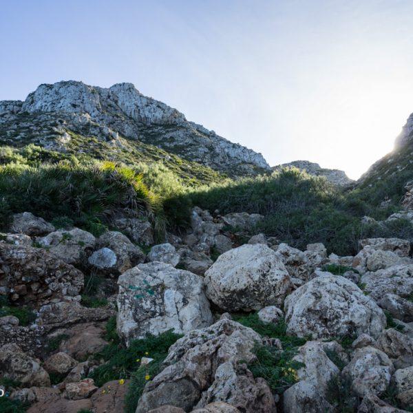 Barranco de la Cova Tallada, Aufstieg im Naturpark Montgó