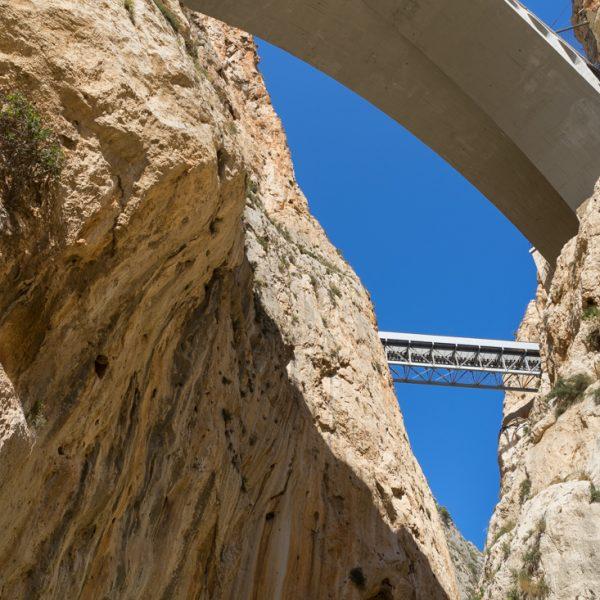 Cañón del Mascarat, puente moderno y puente de TRAM