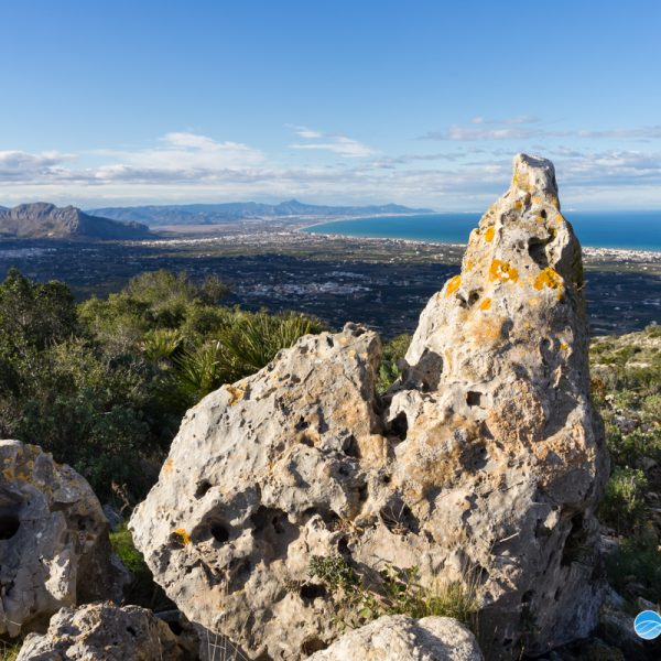 Montgó, vistas de la Sierra de Segaria
