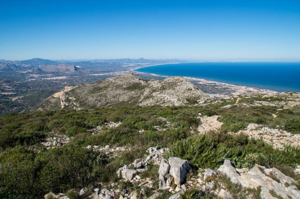 Montgó y mar mediterráneo
