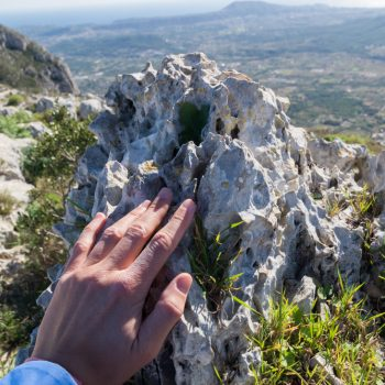 Montgó, piedra caliza, formas de Lapiaz