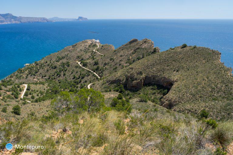 Sierra Heldada, acantilados, faro y Ifach