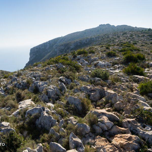 Sierra de Oltà, senda hacia la cima La Mola