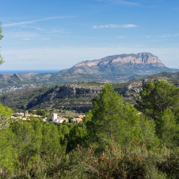 Sierra de Seguili, vista a Montgó