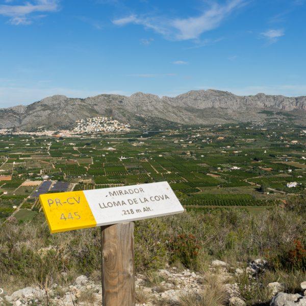 Mirador Sierra de Seguili, vista a Sierra de Segarià