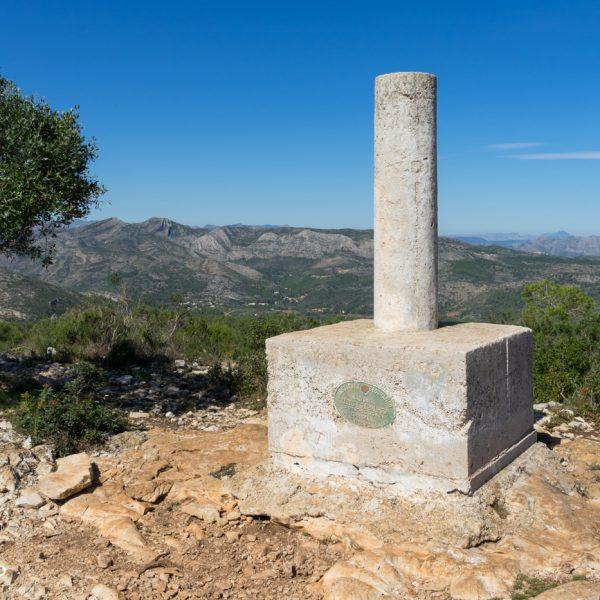 Vértice Geodésico Serrellars, Sierra de Seldetes