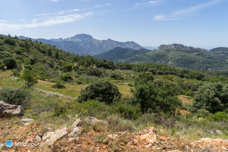 Panorama Sierra de Bernia, senderismo Tàrbena