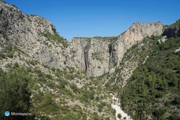 Barranco del Infierno, paredes verticales